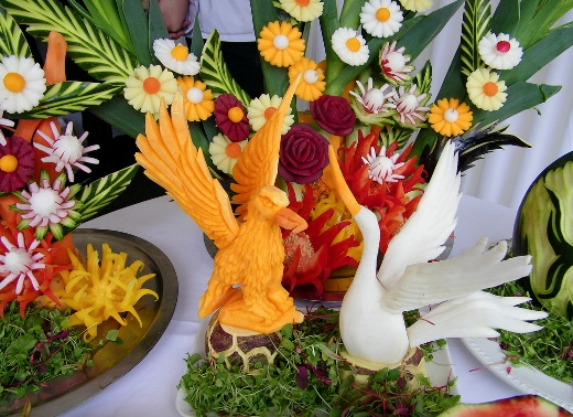 Birds and flowers (vegetables curving)