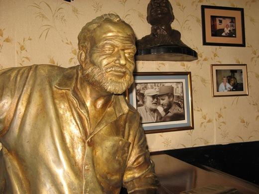 Ernest Hemingway statue in El Floridita bar